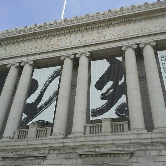 11/11/2012 tarihinde Mindy L.ziyaretçi tarafından Asian Art Museum'de çekilen fotoğraf