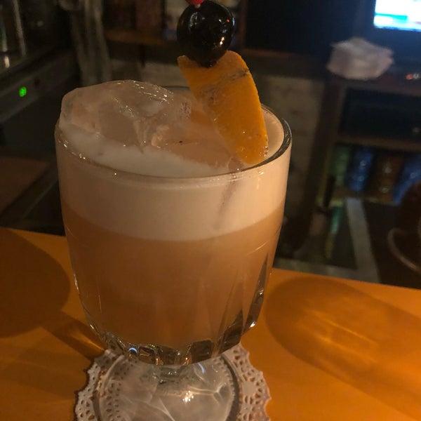 Foto tomada en Grandma's Bar por Jen H. el 7/17/2019