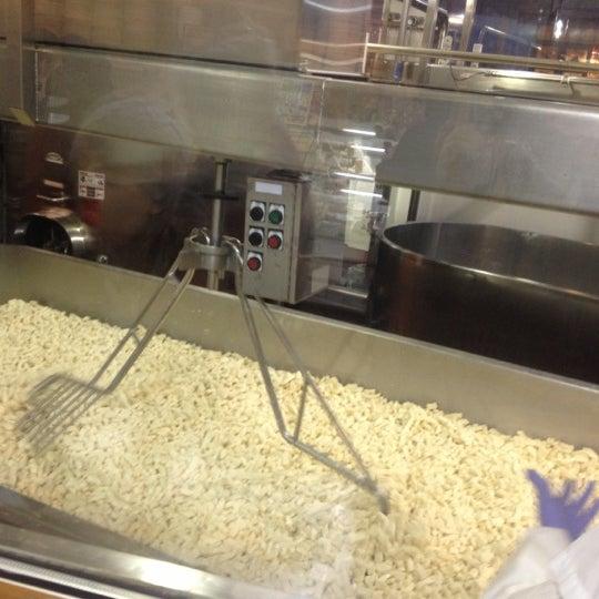 Das Foto wurde bei Beecher's Handmade Cheese von John S. am 12/17/2012 aufgenommen