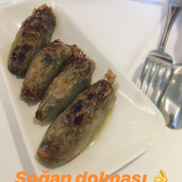 Soğan dolması 👌uzun zamandır takip ettiğim bir Restouranttı, yöresel ve osmanlı mutfağından birçok lezzet var. inanılmaz özenli  ve kaliteli bir hizmet anlayışları var, yemekler kusursuz 👍