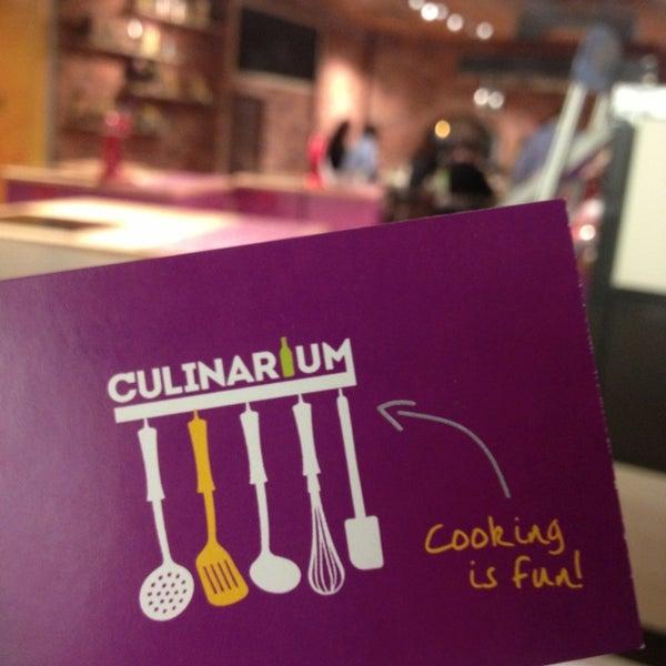 รูปภาพถ่ายที่ Culinaryon โดย Elizaveta K. เมื่อ 1/18/2013