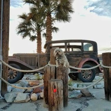 Foto diambil di Route 66 Motel oleh kat S. pada 3/5/2017