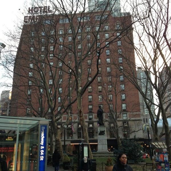 Снимок сделан в The Empire Hotel пользователем Don T. 1/8/2013