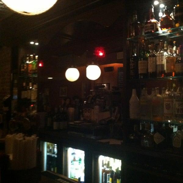 1/11/2013 tarihinde Lauren P.ziyaretçi tarafından One Mile House'de çekilen fotoğraf