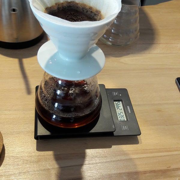 Samimiyet,güler yüz ve mis gibi kahve kokusu😋 demleme kahveler gerçekten harika 🌼