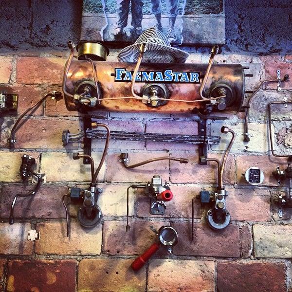 4/4/2013にRegina B.がTamp & Pull Espresso Barで撮った写真