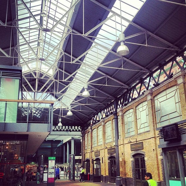 Foto tomada en Old Spitalfields Market por Jon B. el 6/8/2013
