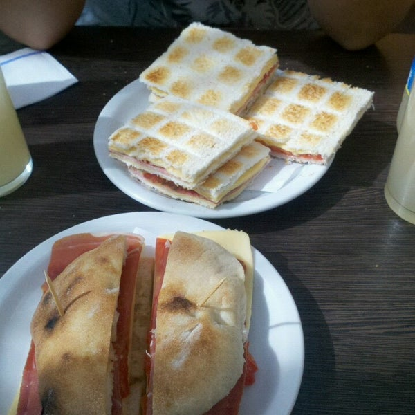 Photos At La Terraza Café Falabella Centro 2 Tips From