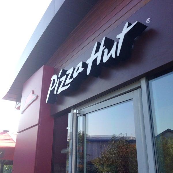 Photos At Pizza Hut Cannock Staffordshire