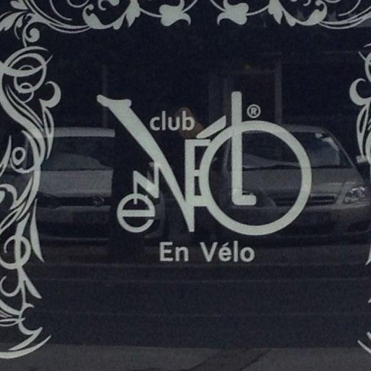 Foto tirada no(a) Club En Vélo por Engin D. em 11/8/2012