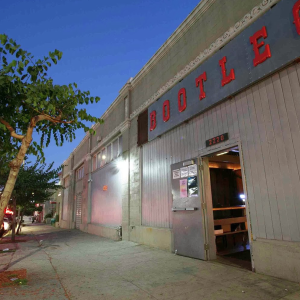 2/26/2014にBootleg Bar & TheaterがBootleg Bar & Theaterで撮った写真