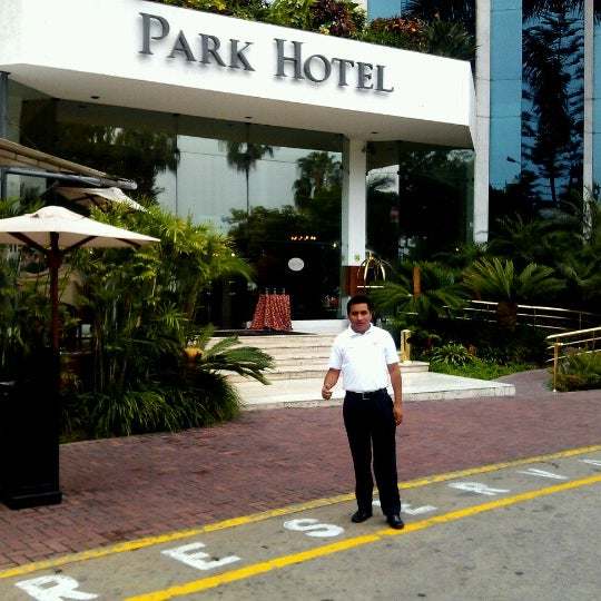 รูปภาพถ่ายที่ Belmond Miraflores Park โดย Johan C. เมื่อ 1/6/2013
