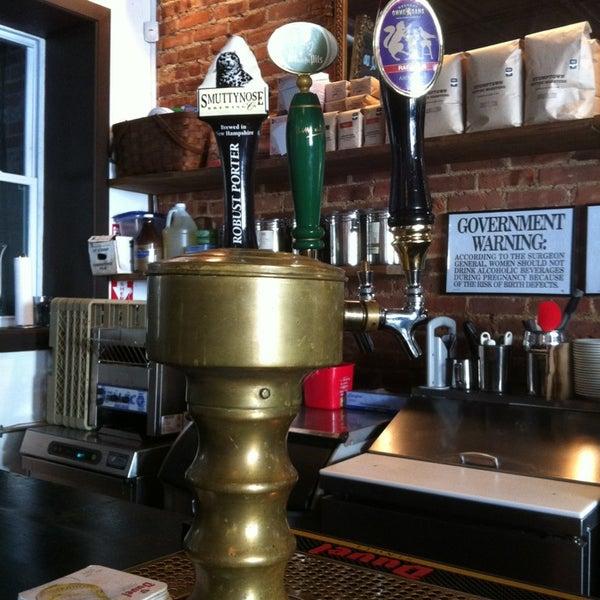 2/10/2013にZanalee Z.がLenox Coffeeで撮った写真