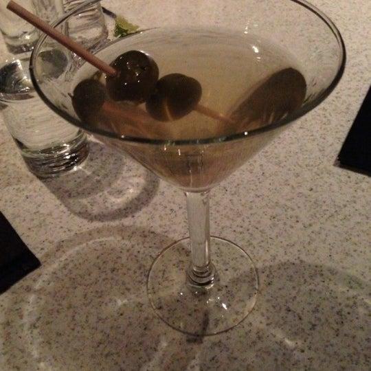 Foto diambil di The Corner Office Restaurant & Martini Bar oleh Mike W. pada 11/22/2012