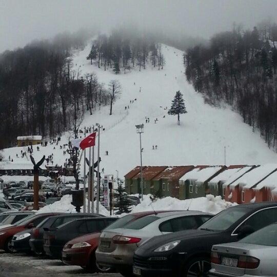 รูปภาพถ่ายที่ The Green Park Kartepe Resort & Spa โดย Halil Ü. เมื่อ 1/12/2013