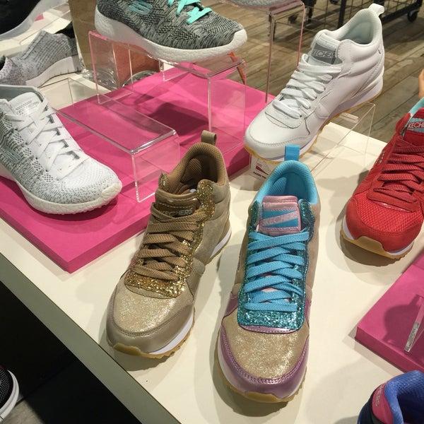 Photos at SKECHERS Retail - Del Amo