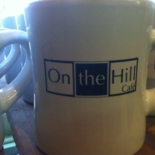Foto diambil di On the Hill Cafe oleh Hewitt T. pada 11/21/2012
