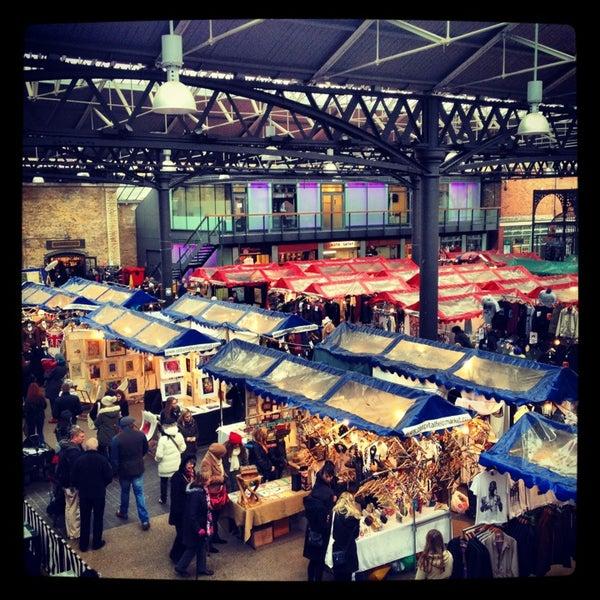 Foto tomada en Old Spitalfields Market por Sam B. el 3/24/2013