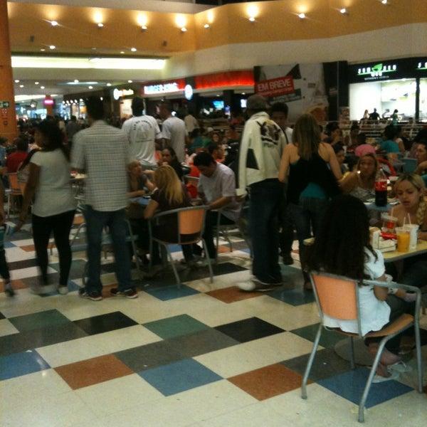 12/23/2012 tarihinde Leandro S.ziyaretçi tarafından Shopping Campo Limpo'de çekilen fotoğraf