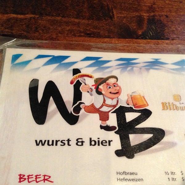 Photo prise au Wurst Und Bier par Danielle M. le5/20/2013