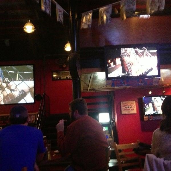 Foto scattata a OT Tavern da Edward L. il 2/3/2013