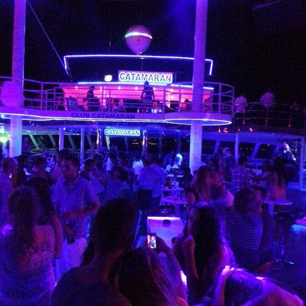 7/16/2013 tarihinde Mustafa D.ziyaretçi tarafından Club Catamaran'de çekilen fotoğraf