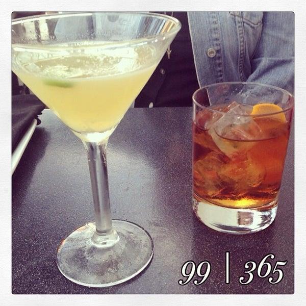 4/10/2014에 Ashley W.님이 The Misfit Restaurant + Bar에서 찍은 사진