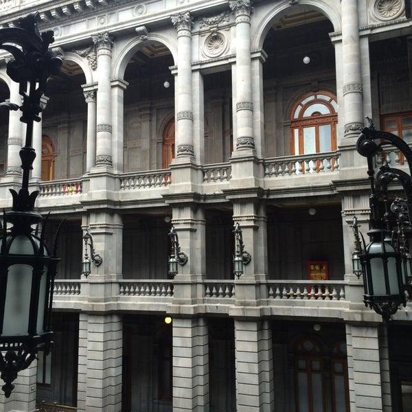 Foto tirada no(a) Museo Nacional de Arte (MUNAL) por Ricardo E. em 7/6/2014