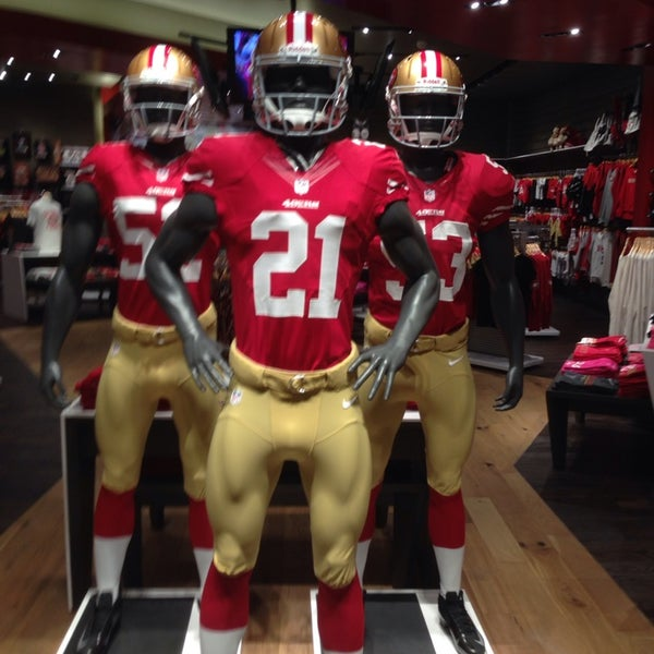 finest selection 9ae89 6c5ec Photos at San Francisco 49ers Team Store - Clothing Store in ...
