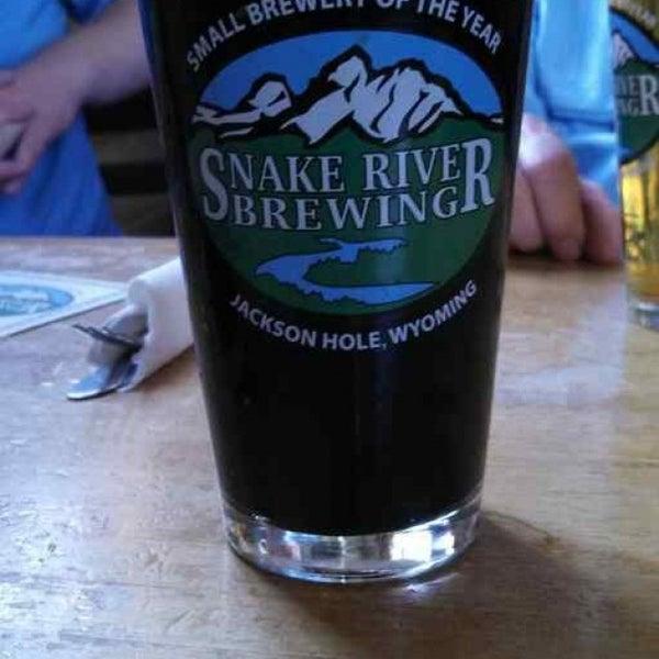 Das Foto wurde bei Snake River Brewery & Restaurant von Jim M. am 6/2/2013 aufgenommen