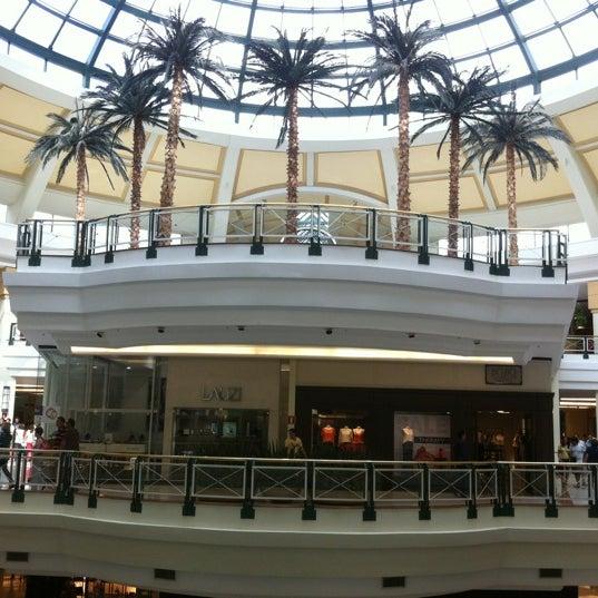 Das Foto wurde bei Shopping Iguatemi von Sheldon S. am 1/19/2013 aufgenommen