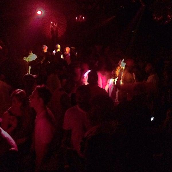 Photo prise au Mekka Nightclub par Angel X le5/24/2014