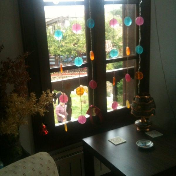 4/6/2013에 Sinem T.님이 Üzüm Cafe에서 찍은 사진