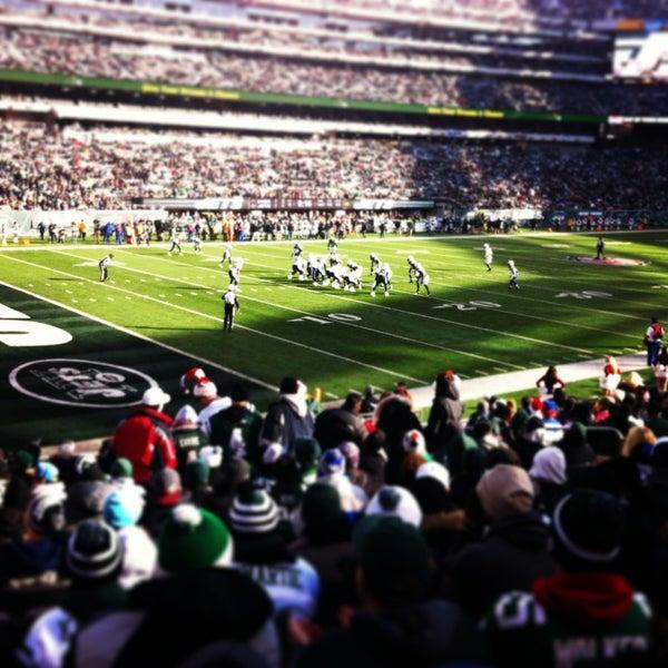 Foto tomada en MetLife Stadium por Leah S. el 12/23/2012