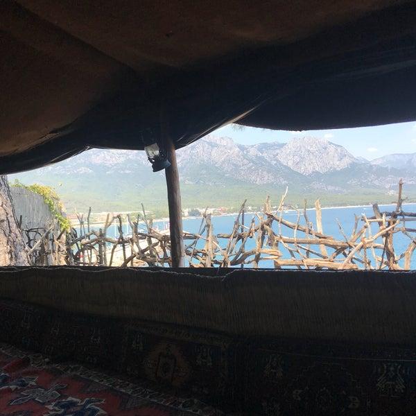 รูปภาพถ่ายที่ Yörük Parkı โดย Duygu เมื่อ 8/10/2018