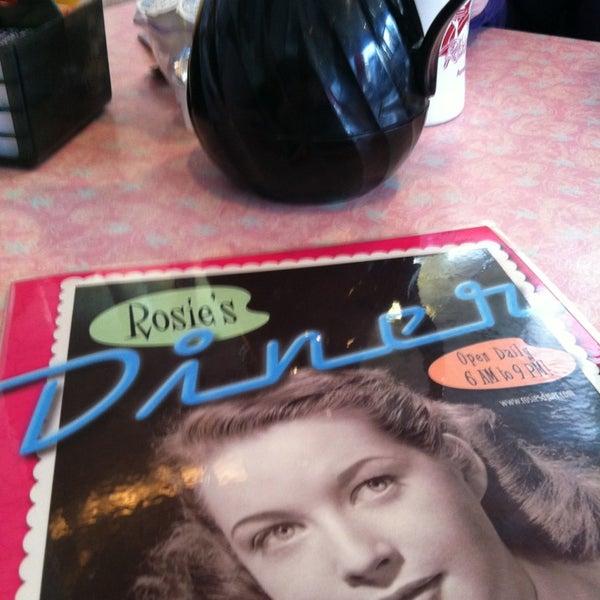 Foto tirada no(a) Rosie's Diner por Jill A. em 3/20/2013