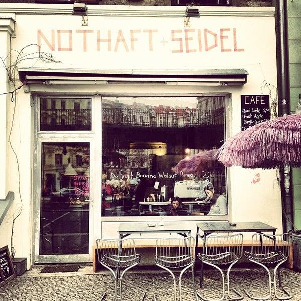 2/1/2013にPaul T.がNothaft + Seidelで撮った写真