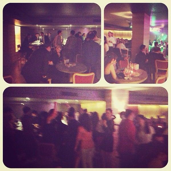 Das Foto wurde bei Grand Hotel Gaziantep von Arda Adil Ö. am 4/13/2013 aufgenommen