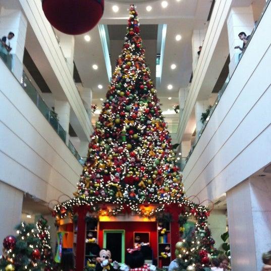 12/4/2012 tarihinde Júlia L.ziyaretçi tarafından Shopping Tijuca'de çekilen fotoğraf
