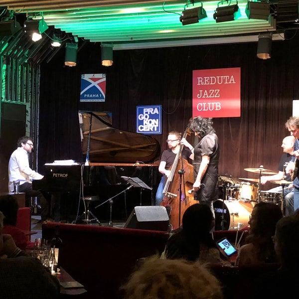 Foto tomada en Reduta Jazz Club por Annie el 1/15/2018