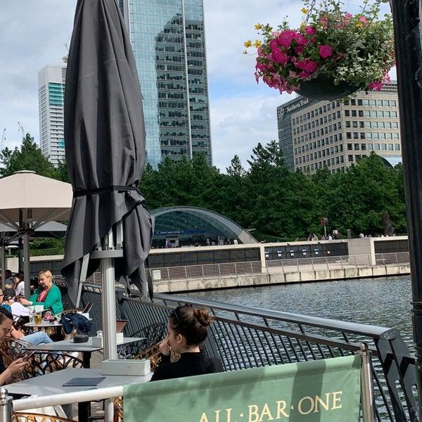 Foto scattata a Canary Wharf da Dr. M.H💭🐾 il 7/21/2019