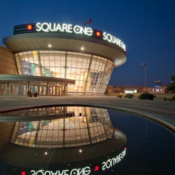 Square One Shopping Centre Shopping Mall In Mississauga
