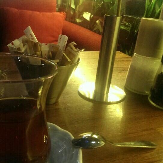 Photo prise au Cafe Locale İstanbul par Reducati le5/4/2015