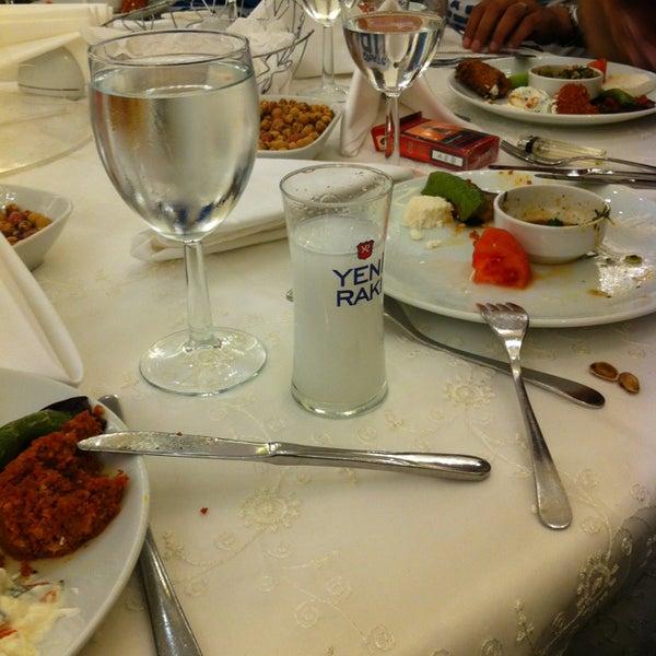 Das Foto wurde bei Grand Hotel Gaziantep von tahsin y. am 3/29/2013 aufgenommen