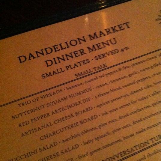 12/6/2012 tarihinde Allison D.ziyaretçi tarafından Dandelion Market'de çekilen fotoğraf