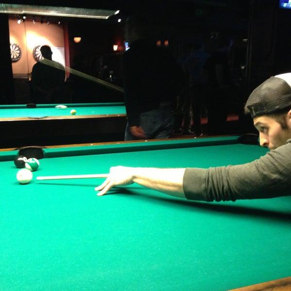 Foto scattata a Society Billiards + Bar da The N. il 4/17/2013