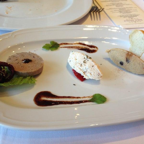 Foto tomada en Asitane Restaurant por ResaT el 4/21/2013