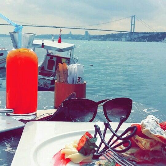 Foto tomada en Boon Cafe & Restaurant por Şeyma Ö. el 5/28/2016