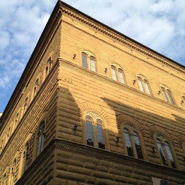 Photo prise au Palazzo Strozzi par Salvador G. le7/25/2013