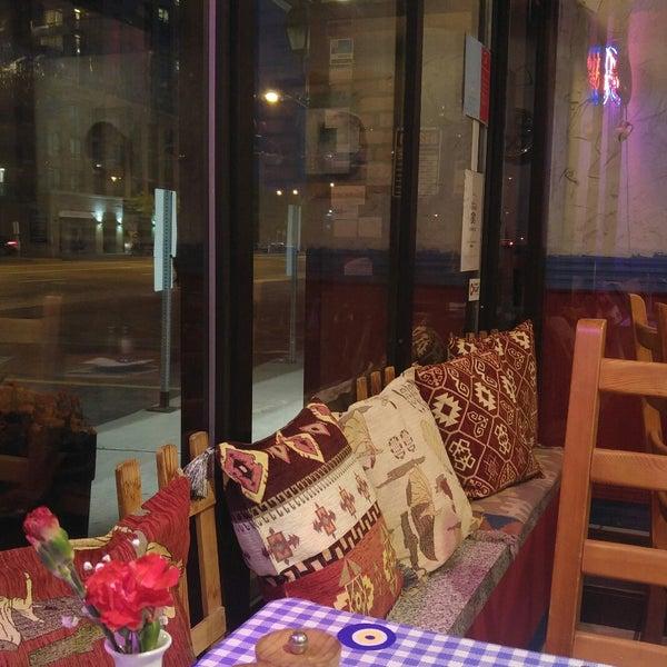 9/17/2017에 Buse Y.님이 Anatolia Restaurant에서 찍은 사진